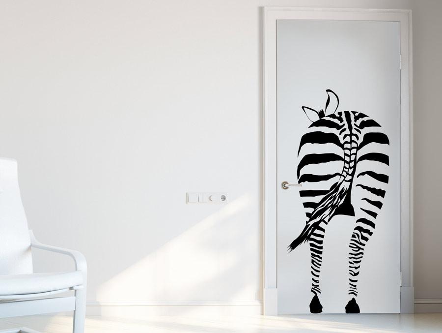 אל תלכו אחרי העדר! טפט תלת מימד של זברה, רעיון מגניב לציפוי דלת שירותי אורחים