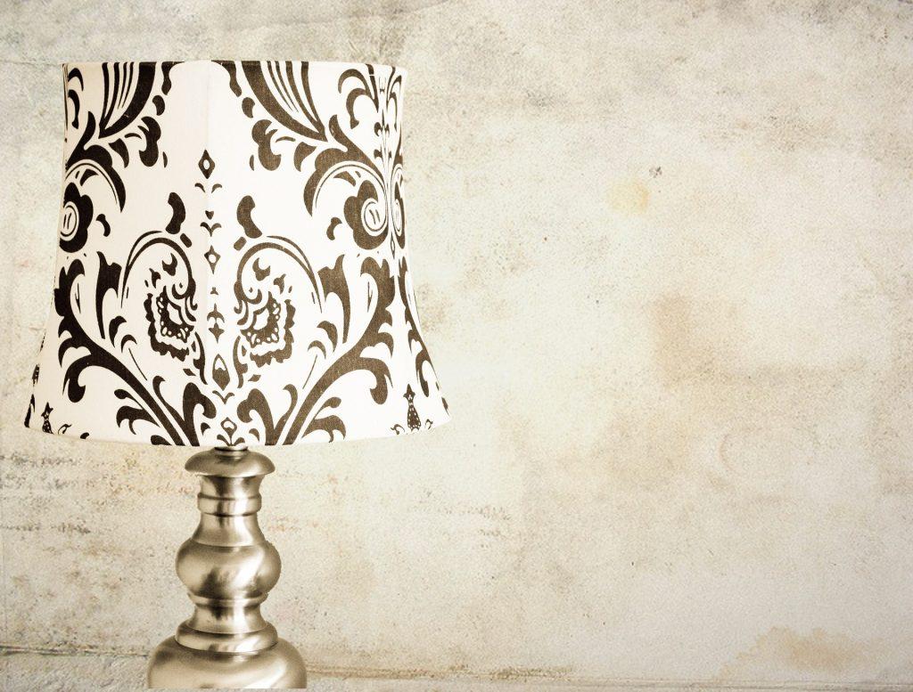 lamp-976275_1920